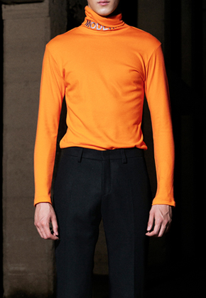 Trwa트와 Never Mordern Turtleneck Orange