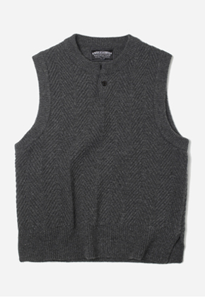 FRIZMWORKS프리즘웍스 Herringbone Knit Vest Charcoal