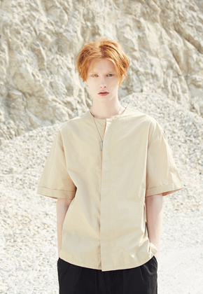 Voiebit브아빗 V402 ROUND NECK SHIRTSBEIGE