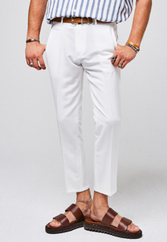 Yan13얀써틴 BUTTON POINT SLACKS_WHITE