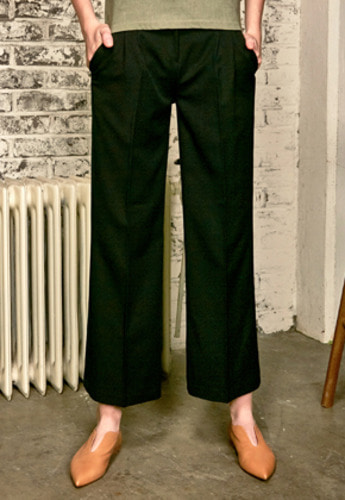 Yan13얀써틴 WIDE PINTUCK CHINO PANTS_BLACK