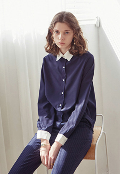Yan13얀써틴 MODERN CHRISTY BLOUSE_NAVY