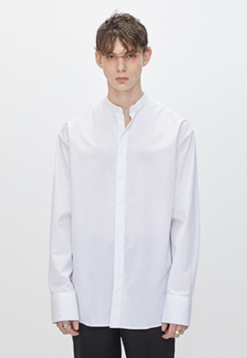 YIGNIL이그닐 White Oversized Mandarin Collar Shirt