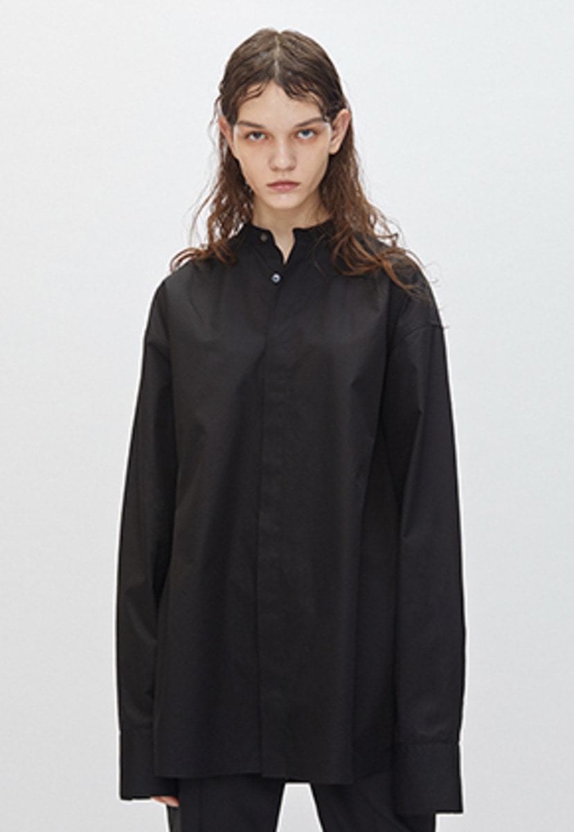 YIGNIL이그닐 Black Oversized Mandarin Collar Shirt