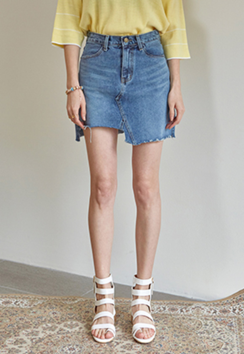 Yan13얀써틴 UNBALANCE CUTTING DENIM SKIRT_DENIM