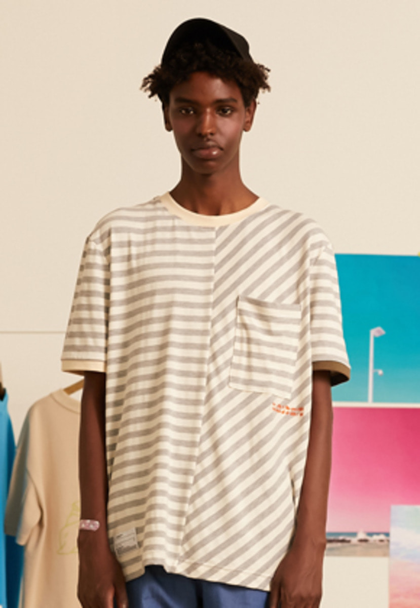 SNACKCULTURE스낵컬쳐 Unbalanced Stripe Boarder-T_Grey