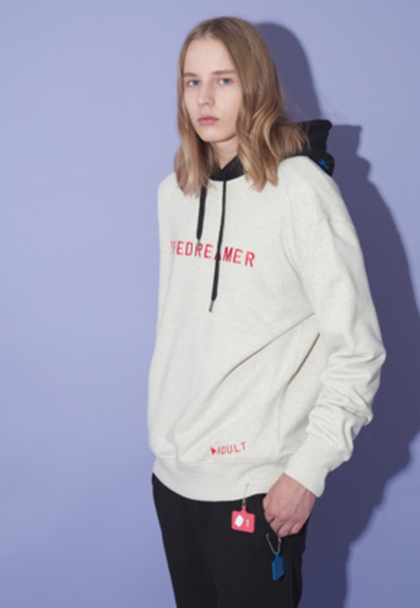SNACKCULTURE스낵컬쳐 DREAMER Sweatshirts_Oatmeal