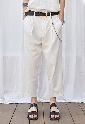 Yan13얀써틴 CROP WIDE TAPERED-FIT PANTS_IVORY