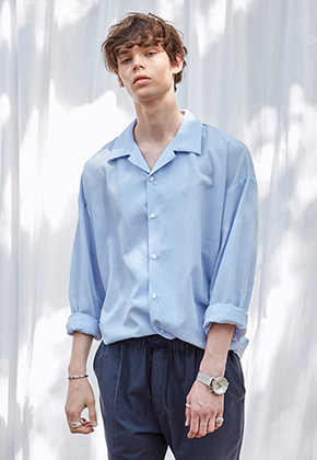Yan13얀써틴 MILKY WIDE OPEN COLLAR SH_SKY BLUE