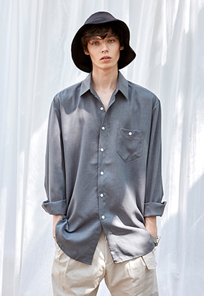 Yan13얀써틴 BREAST POCKET LONG SH_KHAKI
