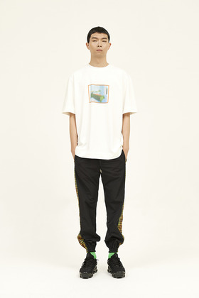 SEC세크 Oh, Holiday T-Shirt _ Orange Frame