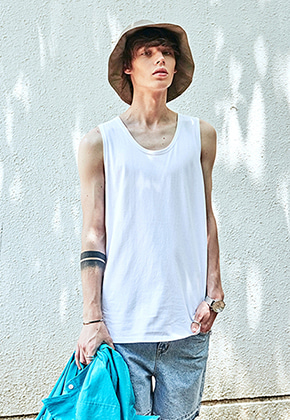 Yan13얀써틴 LONG U-NECK SLEEVELESS_WHITE