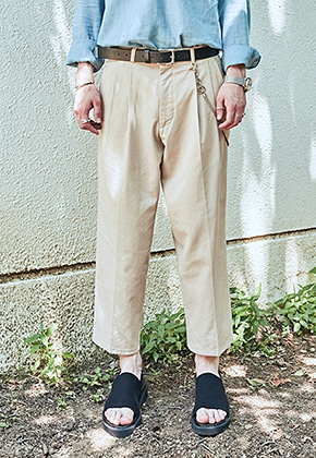 Yan13얀써틴 CROP WIDE TAPERED-FIT PANTS_BEIGE