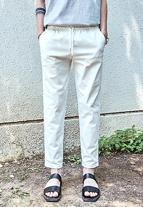 Yan13얀써틴 MILD BANDING COTTON SLACKS_IVORY
