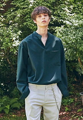 Yan13얀써틴 SLIT HENLEY-NECK SH_GREEN