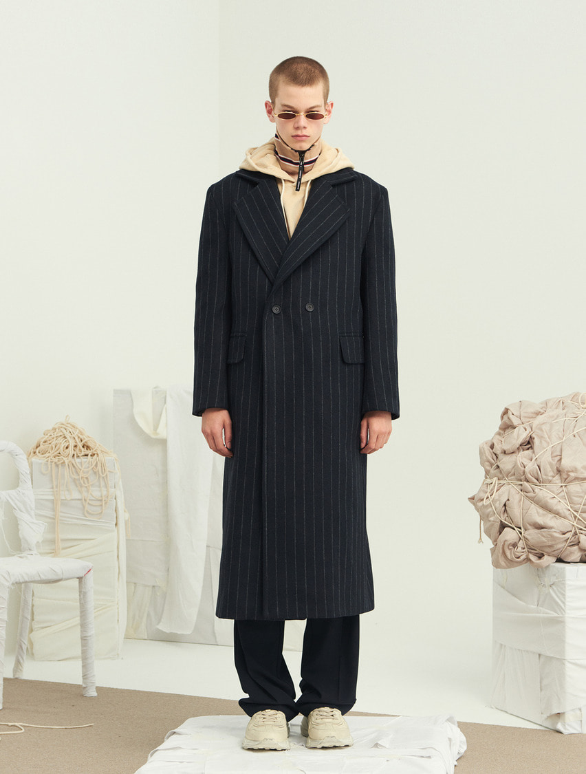 13Month써틴먼스 STRIPE OVER DOUBLE LONG COAT (NAVY)