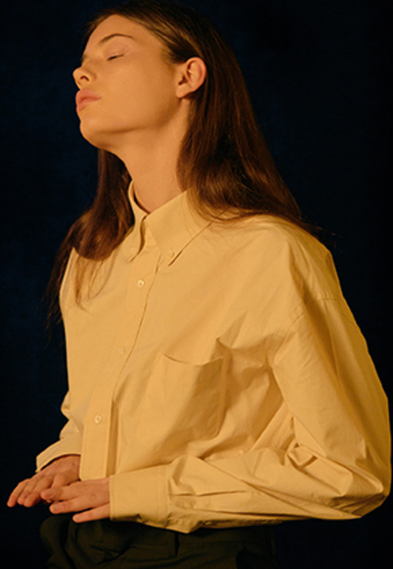 YIGNIL이그닐 BEIGE OVERSIZED BUTTON-DOWN SHIRT