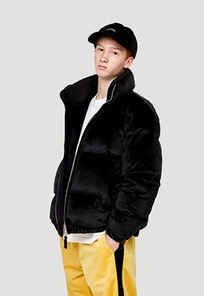 WKNDRS위캔더스 VELVET DOWN JUMPER (BLACK)