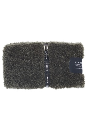 13Month써틴먼스 BOUCLE NECK WARMER (CHARCOAL)