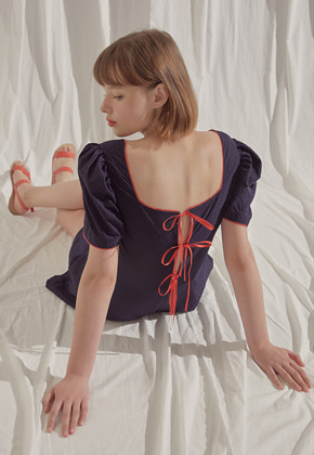 Margarin Fingers마가린핑거스 back slit ribbon one-piece