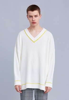 Voiebit브아빗 V562 LINE LOOSE V-NECK KNIT  IVORY