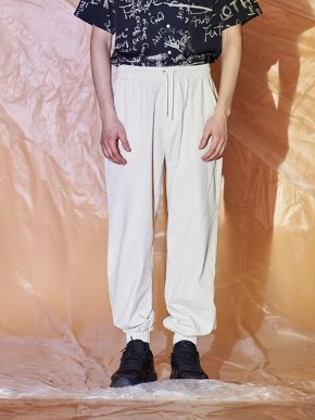 13Month써틴먼스 COTTON JOGGER BANDING PANTS (IVORY)
