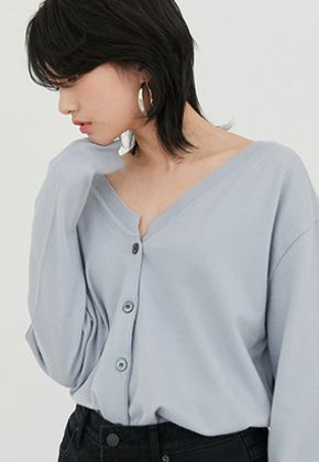 Raye Tog레이토그 LIGHT BLUE V-NECK CARDIGAN
