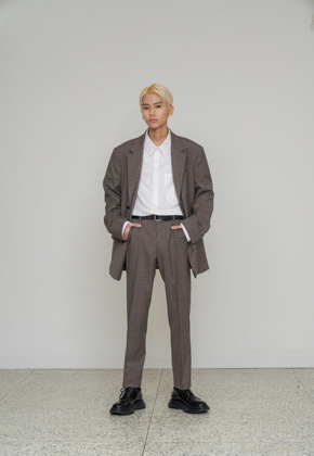 STU에스티유 Straight pin tuck check slacks grey