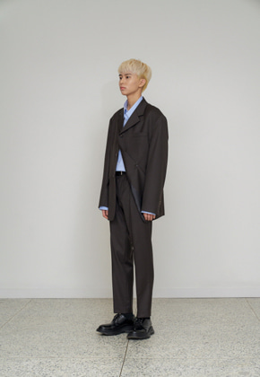STU에스티유 Straight pin tuck slacks brown