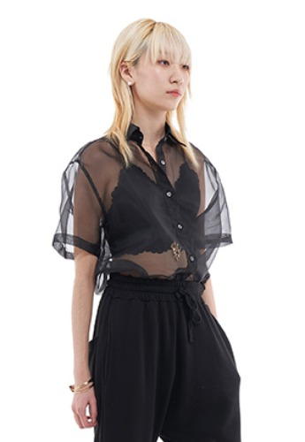 Vuiel뷔엘 ORGANZA HALF SLEEVE SHIRT _ BLACK