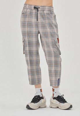 Romantic Crown로맨틱크라운 Check Pocket Ankle Pants_Black