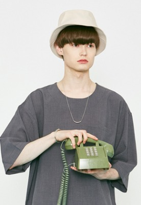 Voiebit브아빗 V824 NYLON BUCKET HAT  BEIGE