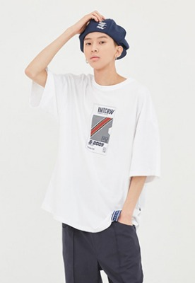 Romantic Crown로맨틱크라운 RMTC Video Case T Shirt_White