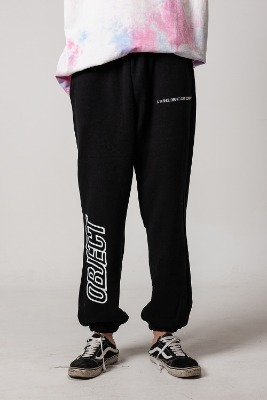 Object오브젝트 OBJECT LOGO SWEATPANTS (BLACK)