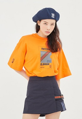 Romantic Crown로맨틱크라운 RMTC Video Case T Shirt_Orange