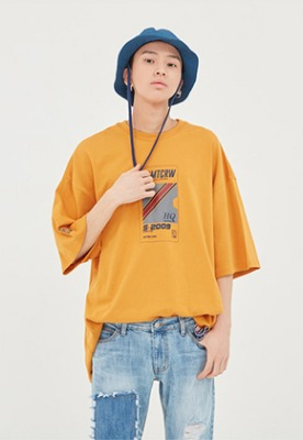 Romantic Crown로맨틱크라운 RMTC Video Case T Shirt_Yellow