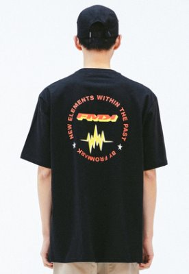FROMMARK프롬마크 [FMK] FMK SLOGAN GRAPHIC T-SHIRT  BLACK