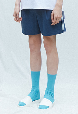 Muguet뮤게 SIDE POINT SHORT PANTS (BLUE)