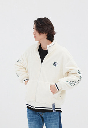 Romantic Crown로맨틱크라운 YETI ZIP UP JACKET_OATMEAL