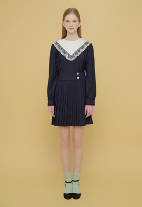 Margarin Fingers마가린핑거스 PLEATS BUTTON ONE PIECE