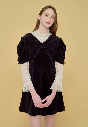 Margarin Fingers마가린핑거스 CROSS FRILL ONE PIECE
