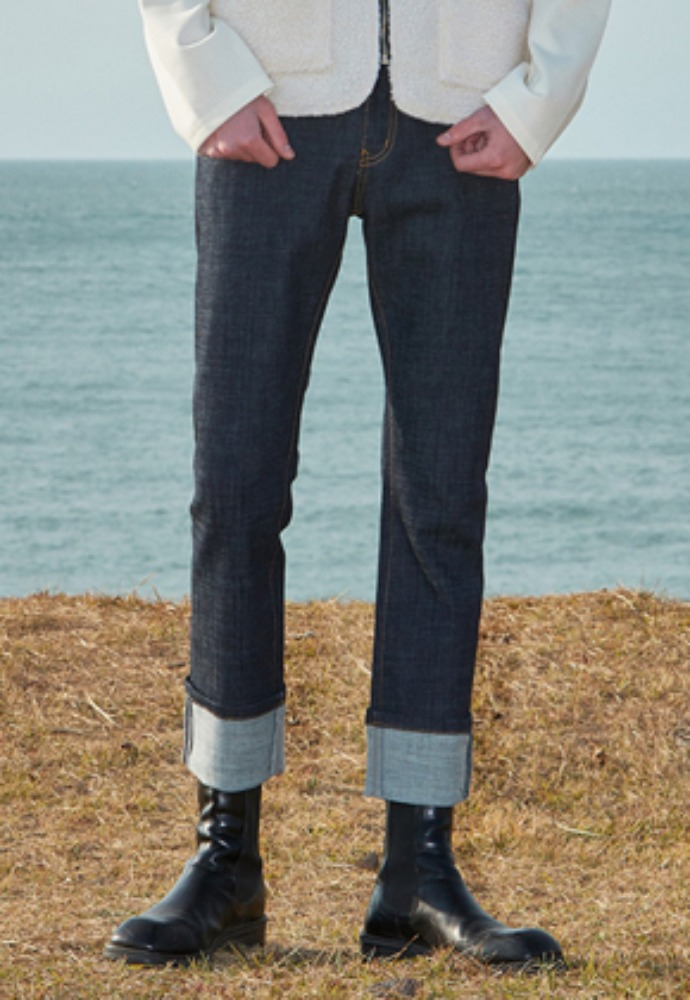 Voiebit브아빗 V289 INDIGO ROLL-UP DENIM PANTSBLUE