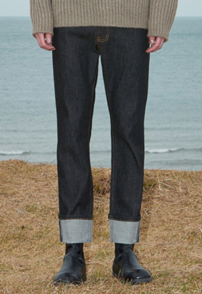 Voiebit브아빗 V289 INDIGO ROLL-UP DENIM PANTS