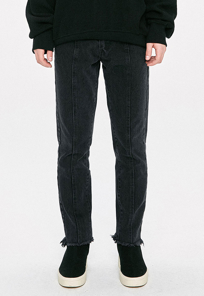 D.prique디프리크 Straight Cropped Jeans - Black