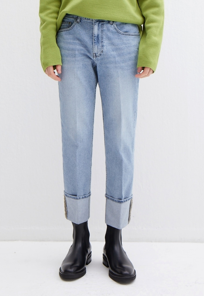 Garment lable가먼트레이블 Denim Roll-up Pants - Light Blue