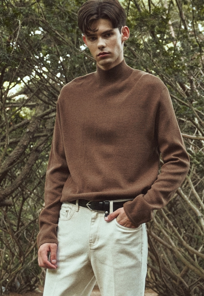 Garment lable가먼트레이블 Twofold Half Neck Knit - Brown