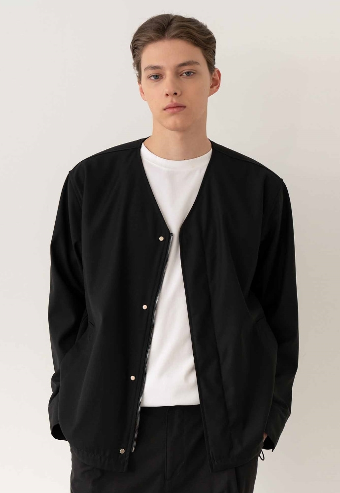 Garment lable가먼트레이블 Snap Collarless Blouson / Semi over