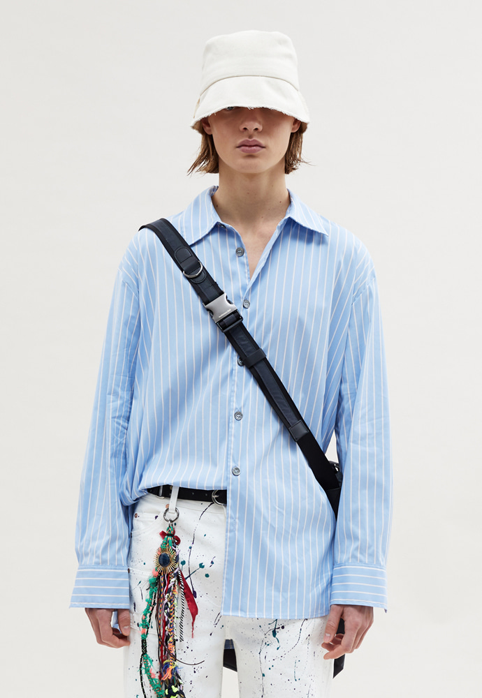 Anderssonbell앤더슨벨 MILANO POPLIN SIDE-BUTTON SHIRT BLUE STRIPE