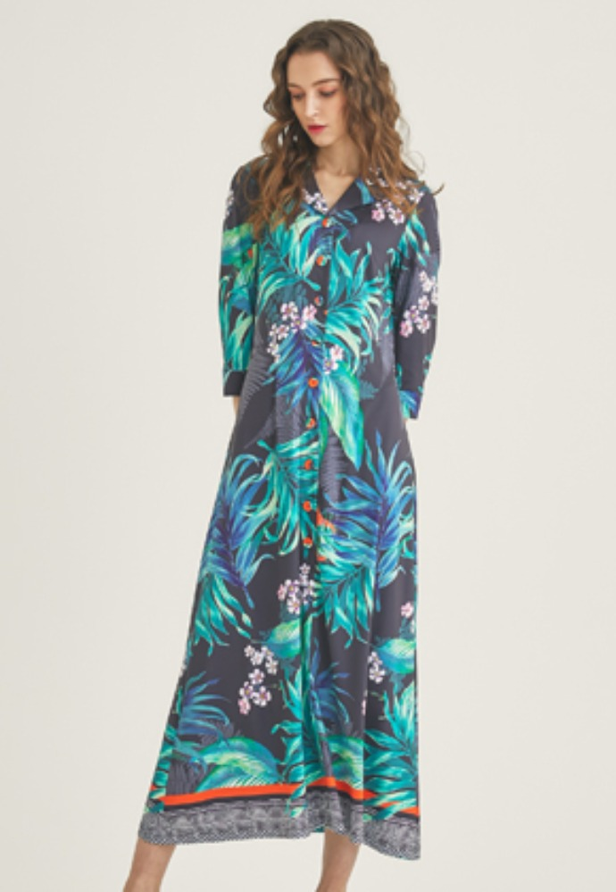 Tactfulkiosk탁풀키오스크 OPEN COLLAR PRINTED MAXI DRESS-BK