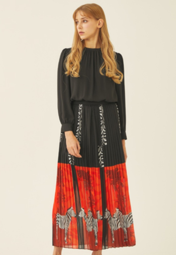 Tactfulkiosk탁풀키오스크 CHIFFON PLEATS DRESS-RD